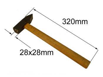Молоток 0,5кг с квадр. бойком и ручкой